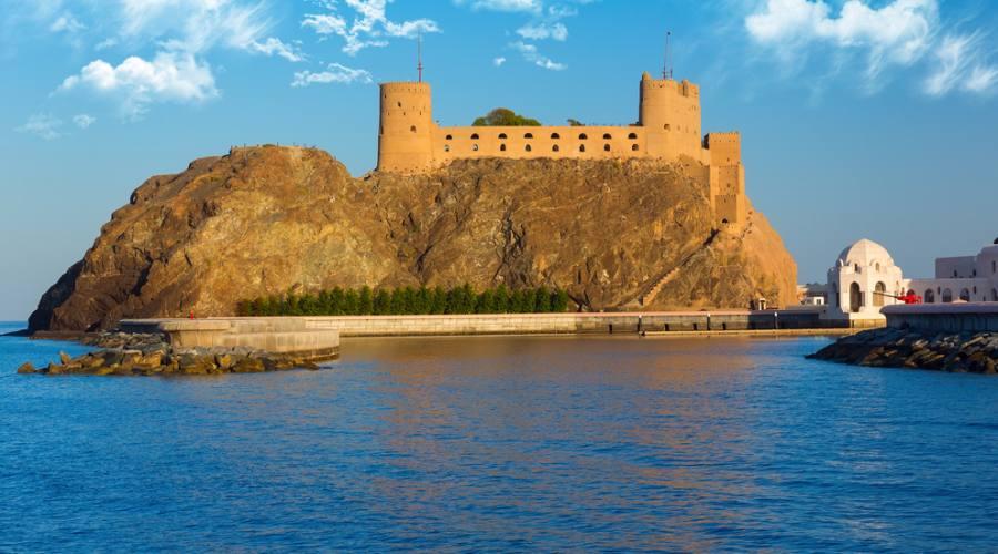 Le torri fortificate di Muscat
