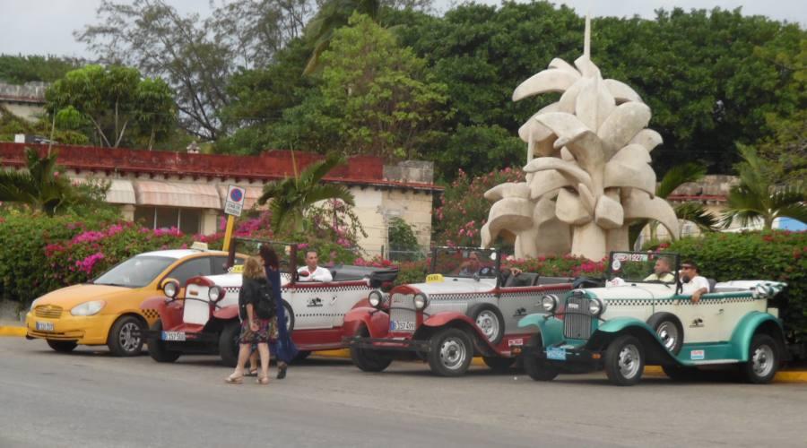 Vintage Cars, Varadero, Cuba
