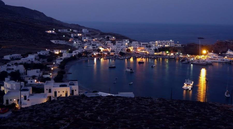 Folegandros by night