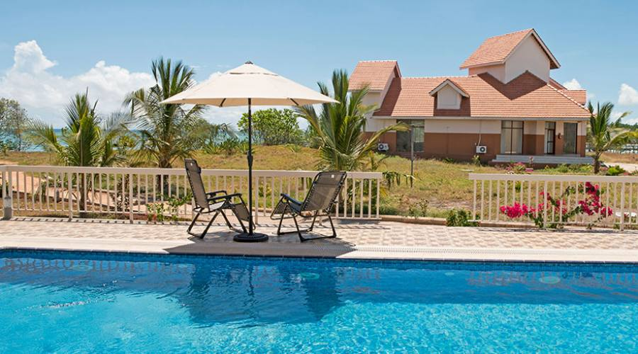 Azao Resort Pongwe