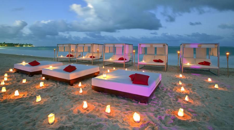 la spiaggia al tramonto ..