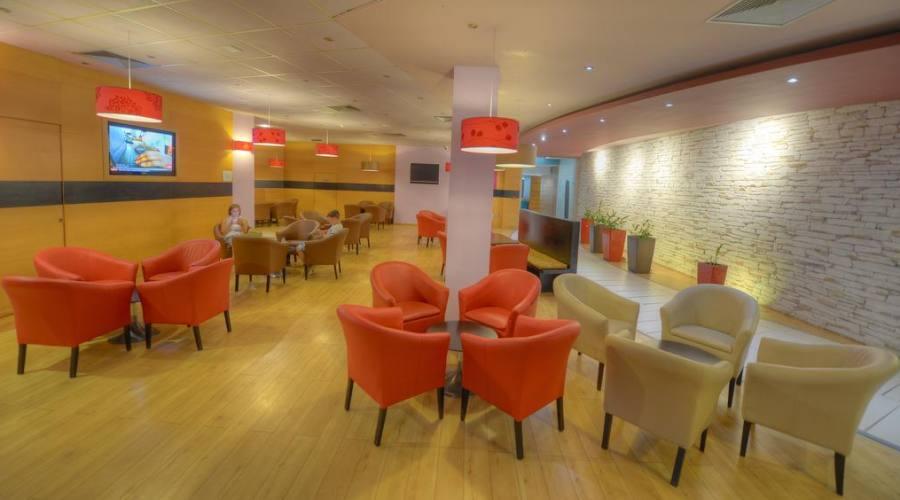 Preluna Hotel & Spa: Lounge Bar della Hall