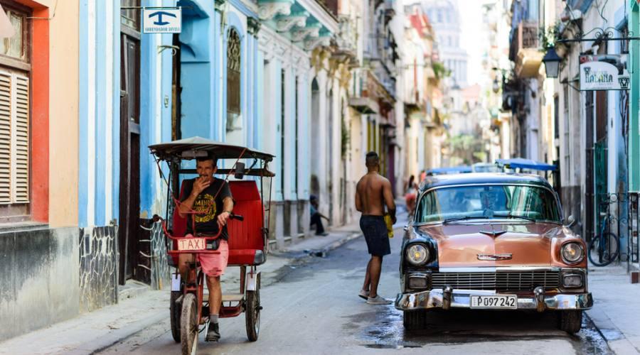 Avana, taxi