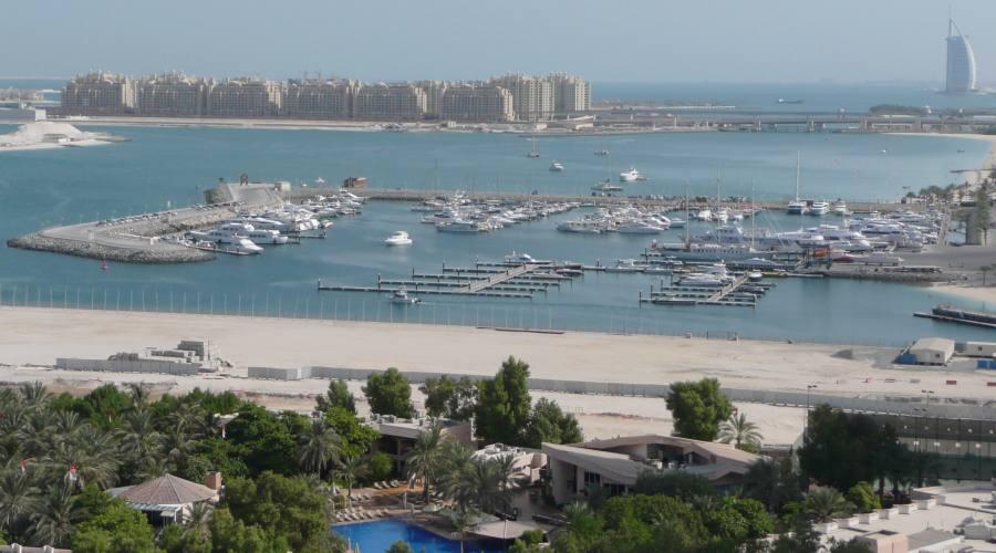 Vista del Burj Al Arab dall'hotel