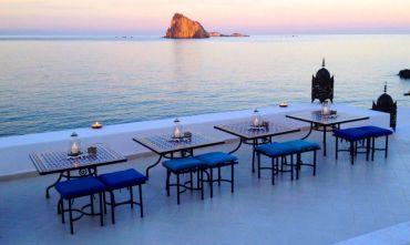 Hotel 3 stelle nella più mondana delle Isole Eolie