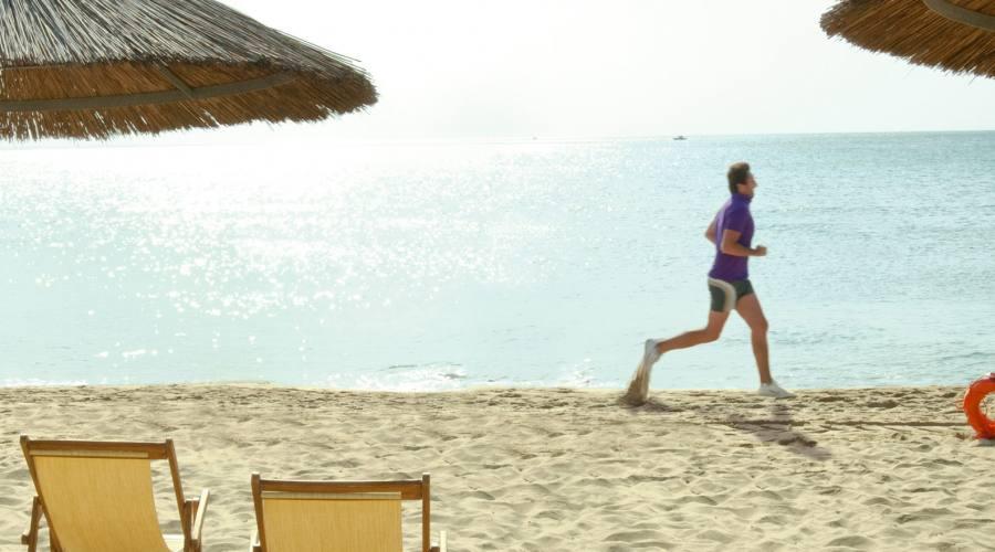 Momenti di sport in spiaggia