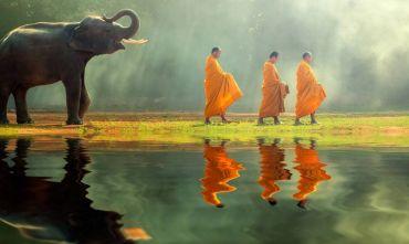 I templi della capitale, le meraviglie di Angkor e il mare delle Andamane