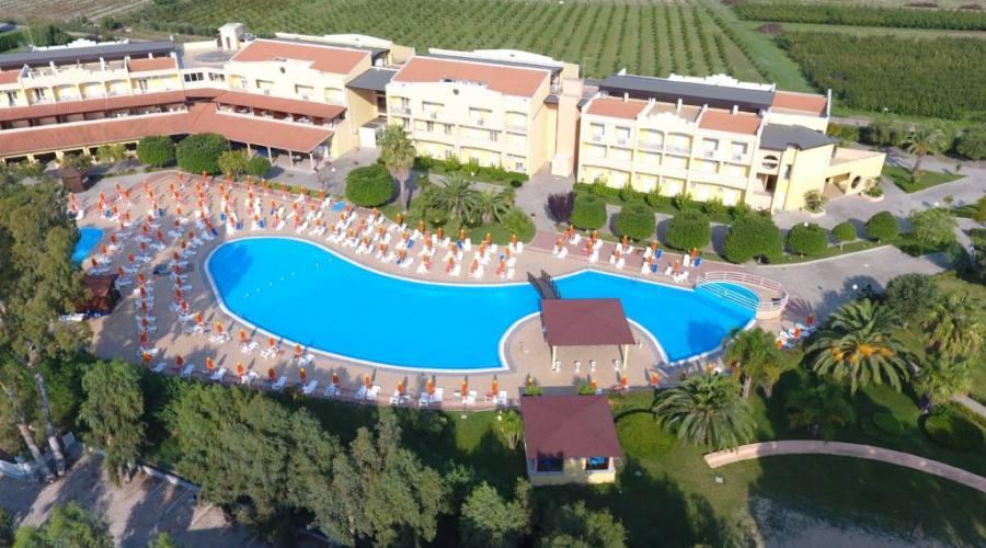 Foto panoramica piscina